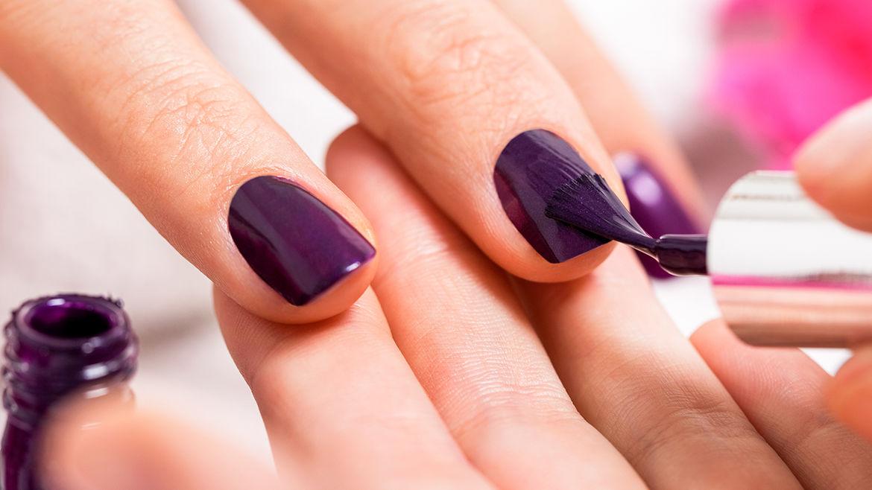 Pose Semi-permanent couleurs pour les mains 25€